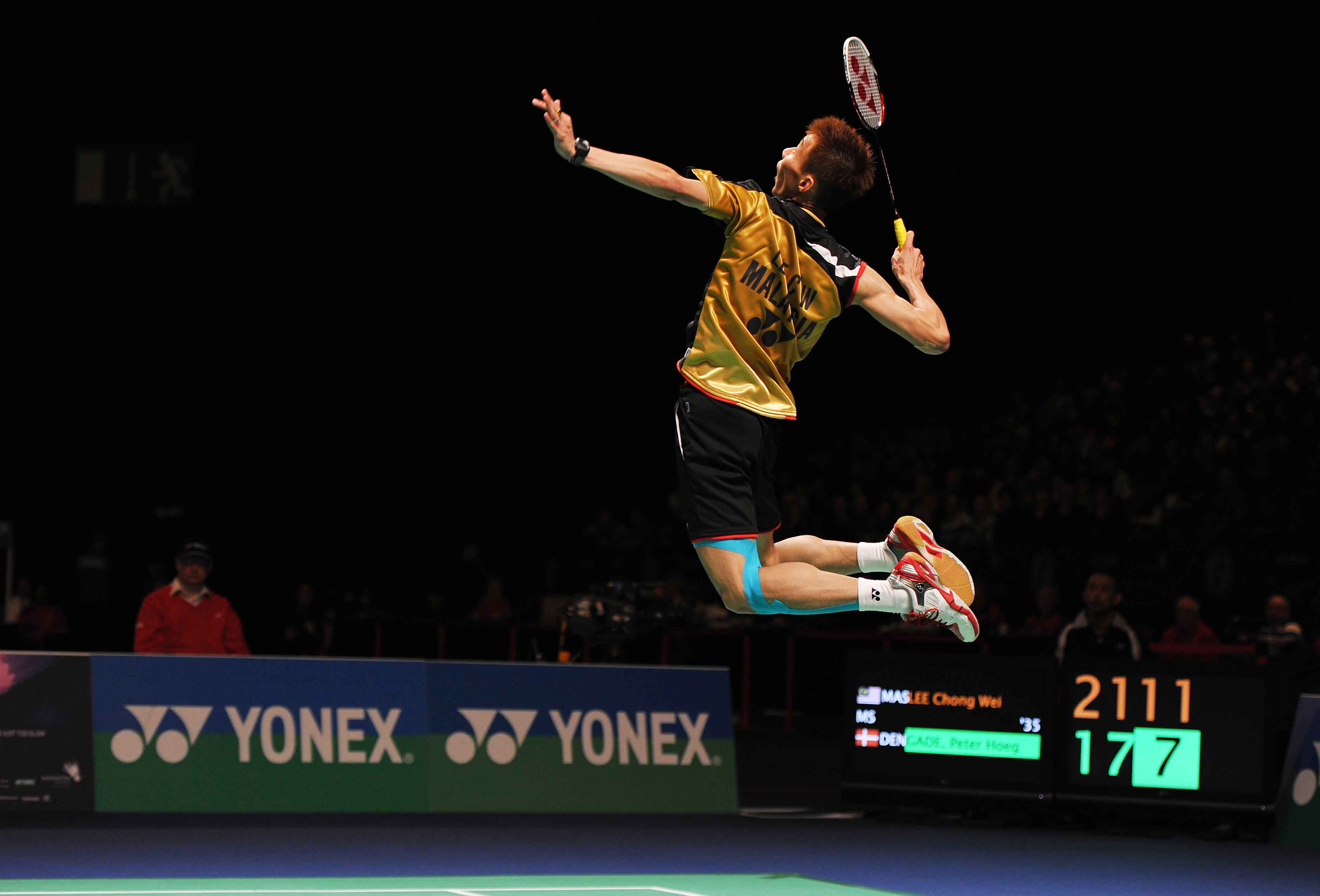 Image result for quick shots in badminton