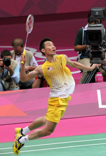 Lee Chong Wei prepares to smash